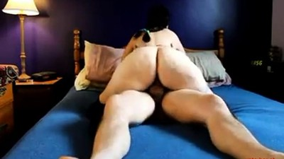 Nice booty mature female..