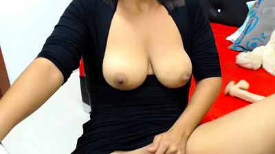 Beautiful big natural boobs..