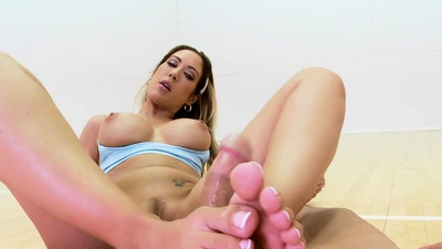Babe publicly feetfucks