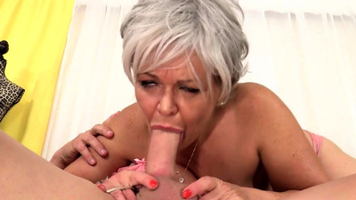 Grandma Kelly Leigh Is Horny..