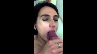 Amateur girl cum in mouth
