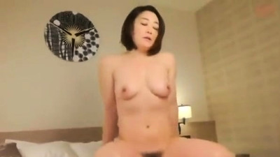 Japanese hairy cunt fingering