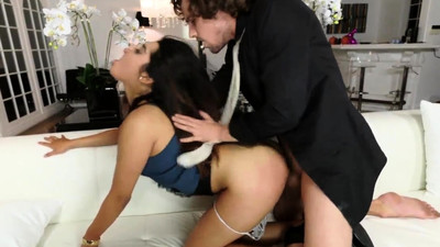 Teen tied and fucked..