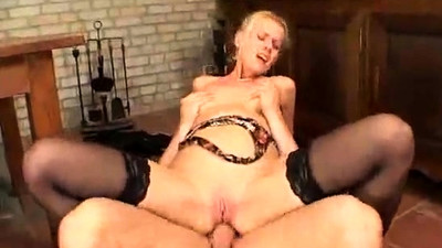 MILF pussy fisted and blowjob