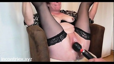 Mature Fisting Squirting..