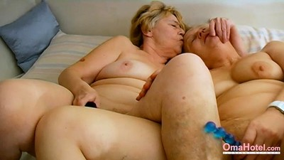 OmaHoteL Lesbian Matures Sex..