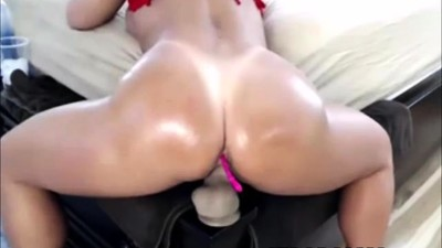 Big booty latina love to..