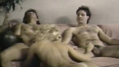 Nina Hartley - Threesome