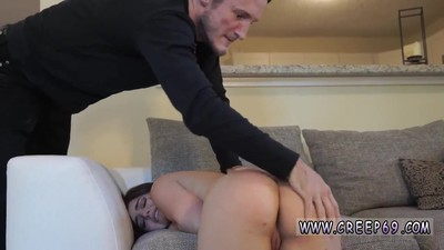 Teen girl masturbates and..