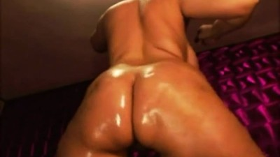 horny_oiled_curvy_bubble_but..