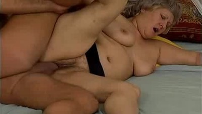 Crazy old mom gets cumshot sex