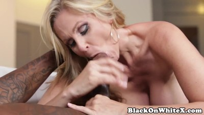 BBC hungry milf sucking..