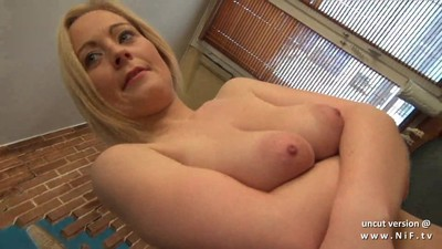 Gorgeous amateur french mom..