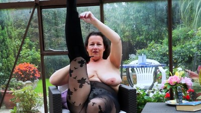 EuropeMaturE Busty Milf is..