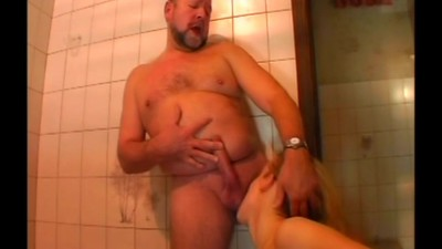 Sex in the bathroom- cut 2..