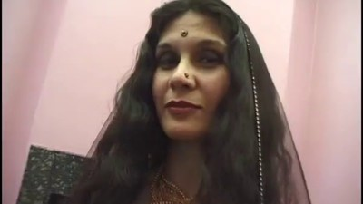 Indian Mature Whore Adaza..