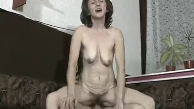 Hairy Granny Suck and Fuck