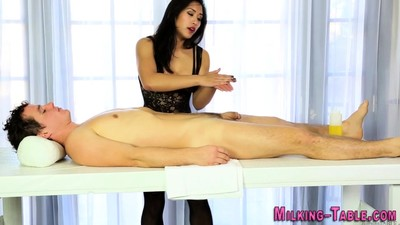 Asian masseuse pounded