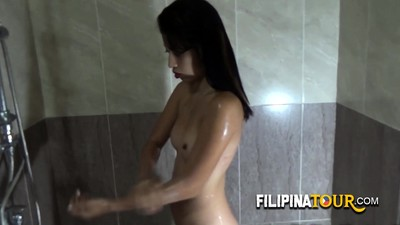 Petite phillipinne slut gets..